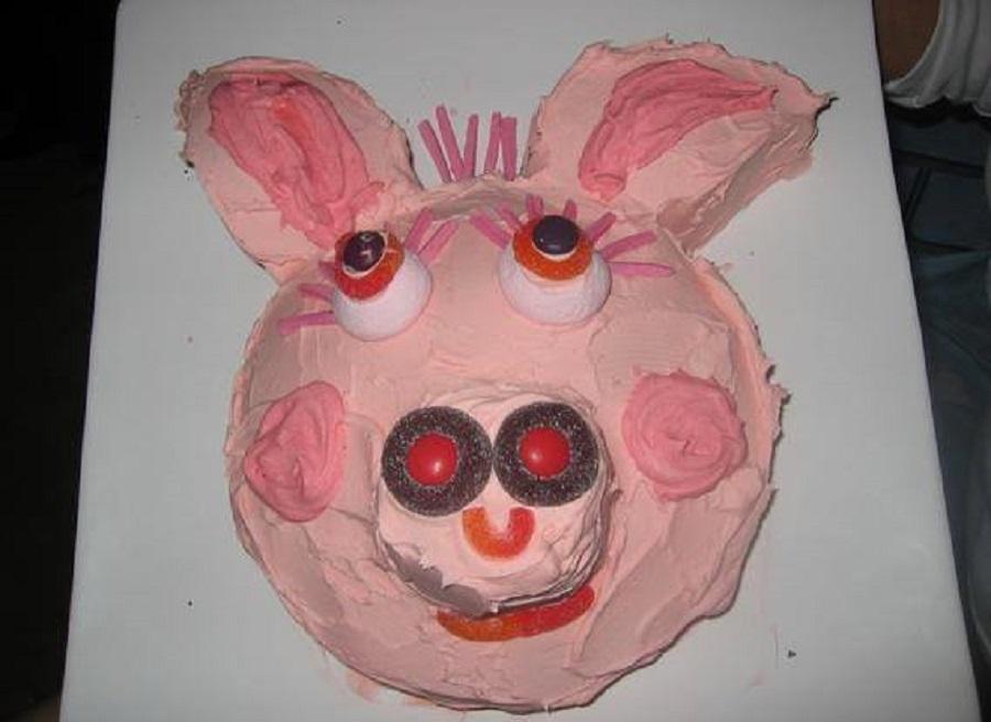 O único bolo publicável da Peppa Pig...