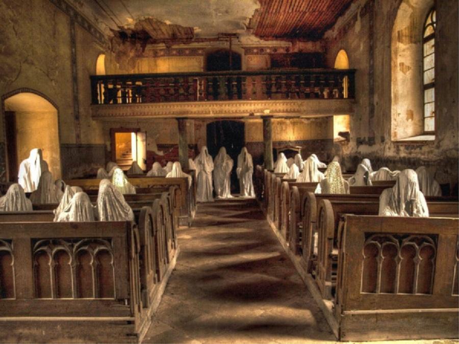 igreja assustadora