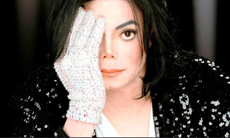 teoria bizarra sobre Michael Jackson
