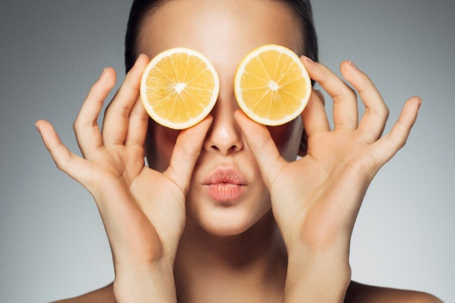 dicas e benefícios da vitamina c no skincare