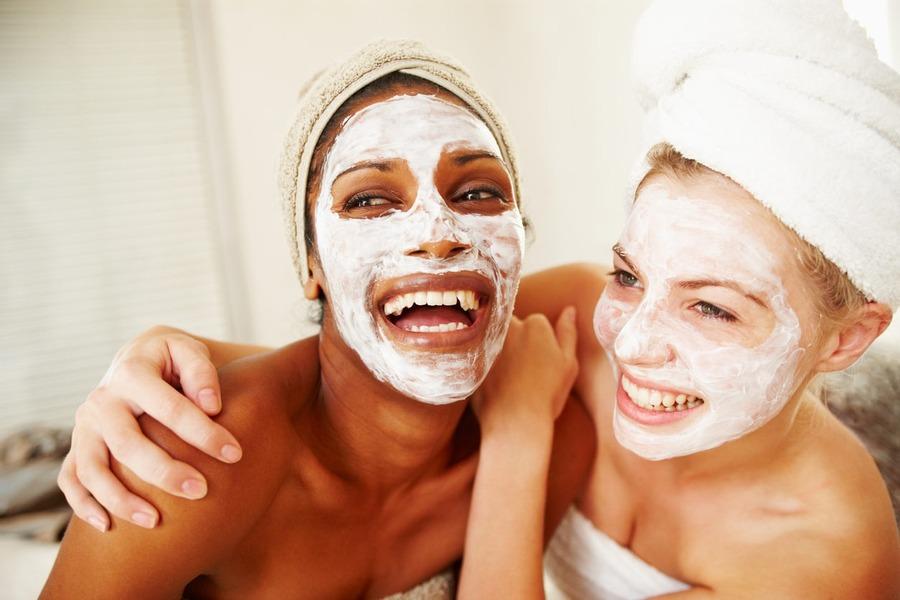 os melhores tipos de máscara facial para o verão